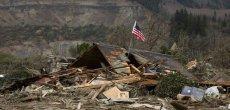 Etats-Unis: Glissement de terrain: le bilan grimpe à 24 morts