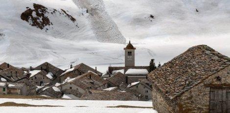 Suisse: Vague de froid et neige à 700 mètres