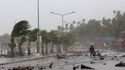 Le typhon Hagupit emporte maisons et lignes électriques