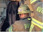 Californie: Pompiers au secours d'une Mère Noël nudiste