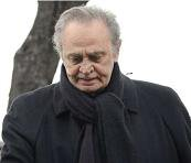 Roger Hanin, interprète de Navarro, est décédé.