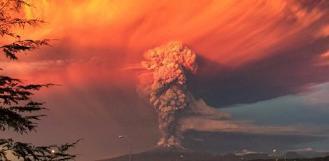 Chili: Alerte rouge après l'éruption d'un volcan