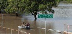 Les rues de Houston se transforment en torrents