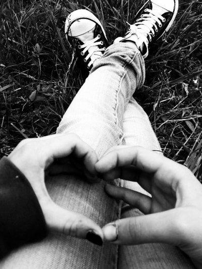Je t'embrasserai jusqu'à m'étouffer pour mourir ivre de toi.  ♥