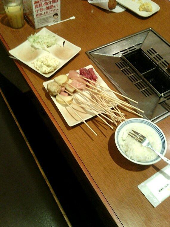 Kushikatsu typiques plat japonais (j'y crois pas je pensais jamais prendre ma bouffe en photo )
