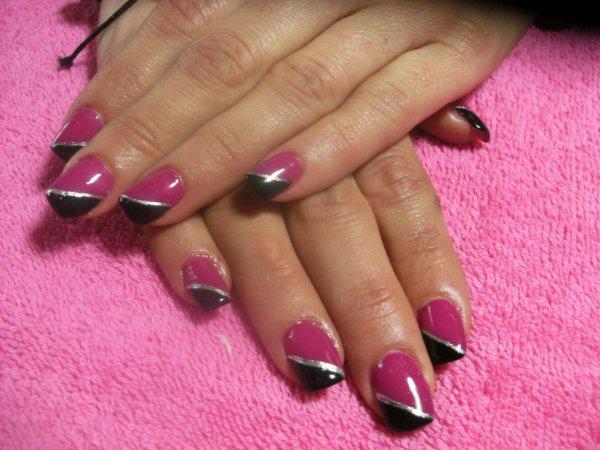 """remplissage double couleurs au liner gris """"ongles chez ornelia"""""""
