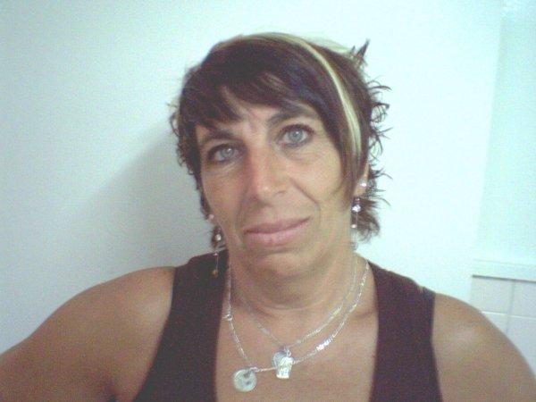 coupe courte fashion avec bandeau avec frange noir - Blog de coiffuregitano