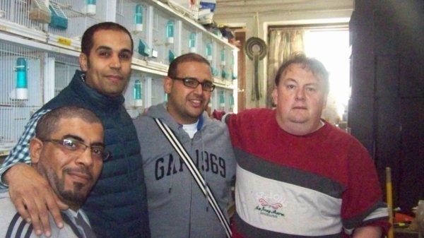 visite d'amateurs de canaris venus de jordanie