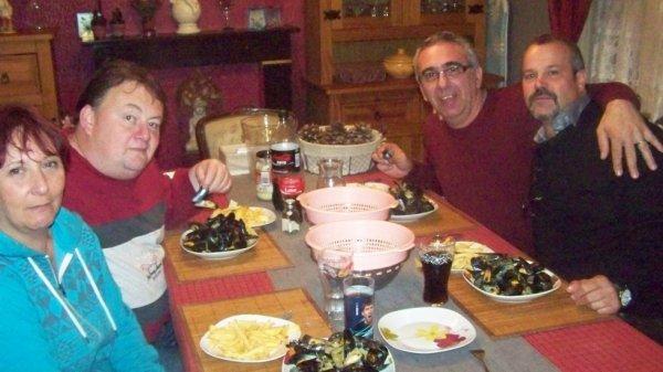 repas avec les amis(e) du sud