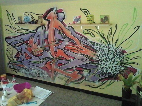 graffiti by celow et moi