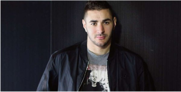 28. Karim Benzema Requested by Real-Madrid-Dialogues/ Ecrit par Lina