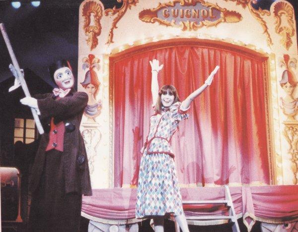 """Chantal Goya dans le spectacle """"Le soulier qui vole"""" au PDC"""