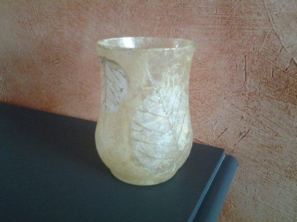 petit vase rond thème feuilles