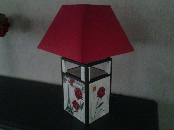 une lampe artisanale, juste l achat de l abat jour
