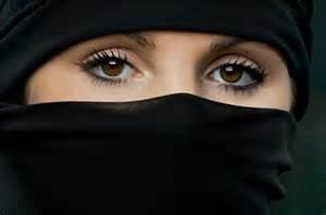 burqa, niqab, hijab nos soeur se protége des mauvais regard