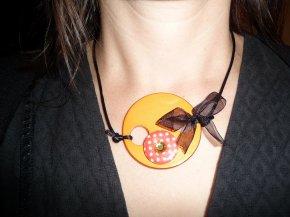 Bijoux artisanaux.