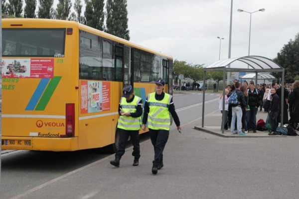 controle gendarmerie autocar scolaire