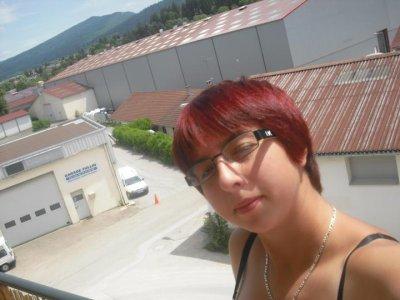 mOii en cheveux rouge puis en cheveux marron (changement de couleur de cheveux) !!!