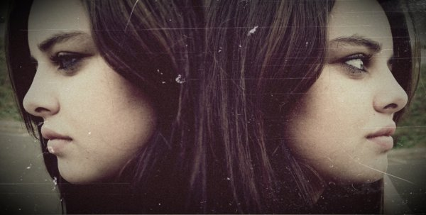 Je me demande parfois si en me quittant tu as eu le temps de plonger ton regard dans mes yeux bleus, et de te dire : « est-il possible que j'aie rencontré la fille la plus débile de l'univers?» ♥