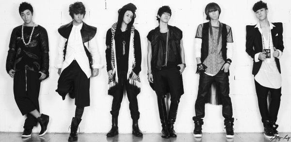 Beast/B2st (k-pop)