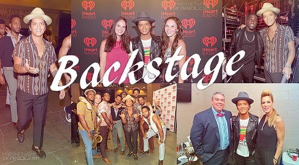 22/09/13 - Bruno a performé au festival iHeartRadio à Las Vegas