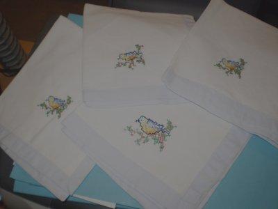 petites serviettes de table