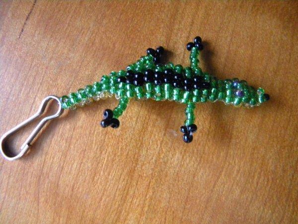 Crocodile en perle