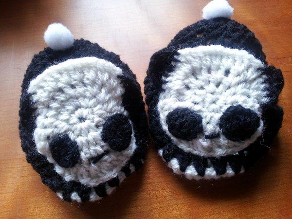Petits chaussons panda