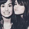 Demi-Lovatoow