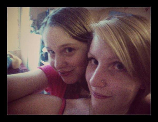 Une grande soeur, c'est un peu comme une deuxième Maman ♥