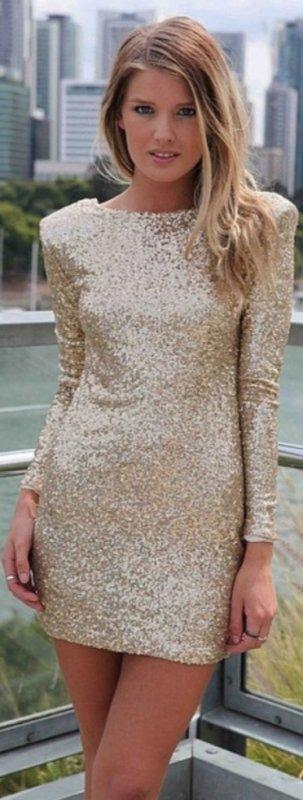 Robe très sexy dorée
