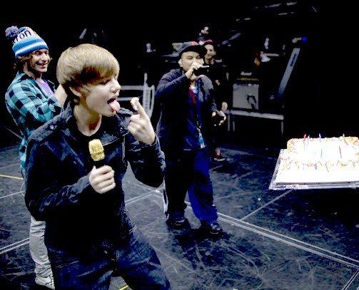 1. (Ha ah , c'est bon Justin ?)