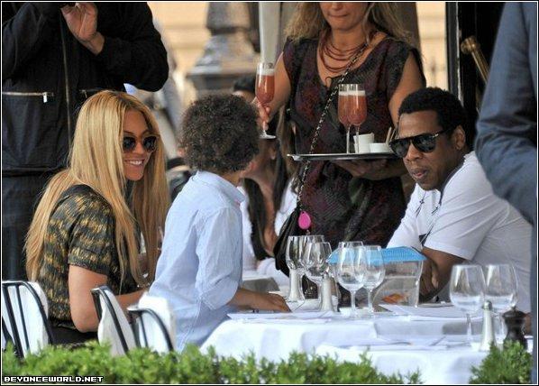 Beyoncé : Un déjeuner à Paris avec son neveu et Jay-Z !