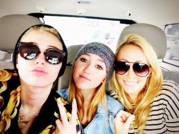 Miley Cyrus soutient sa mère en pleine procédure de divorce !