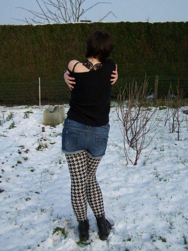 Plutôt être seule que mal accompagnée. Plutôt mourir qu'aimer.