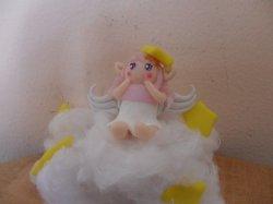 Petit ange sur son nuage