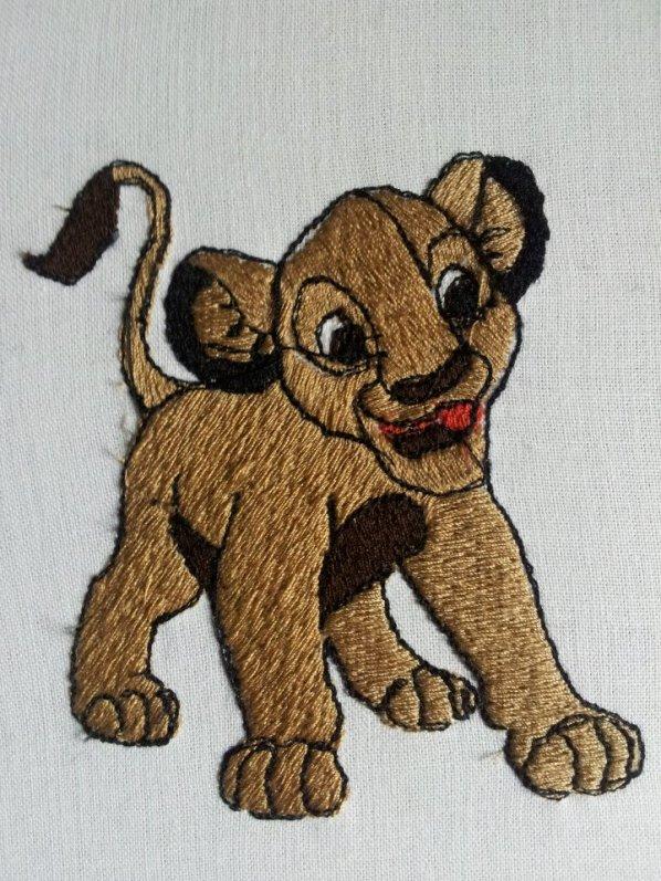 Mes Broderies .. vous pouvez ajouter dessins sur vos serviettes ou autres support