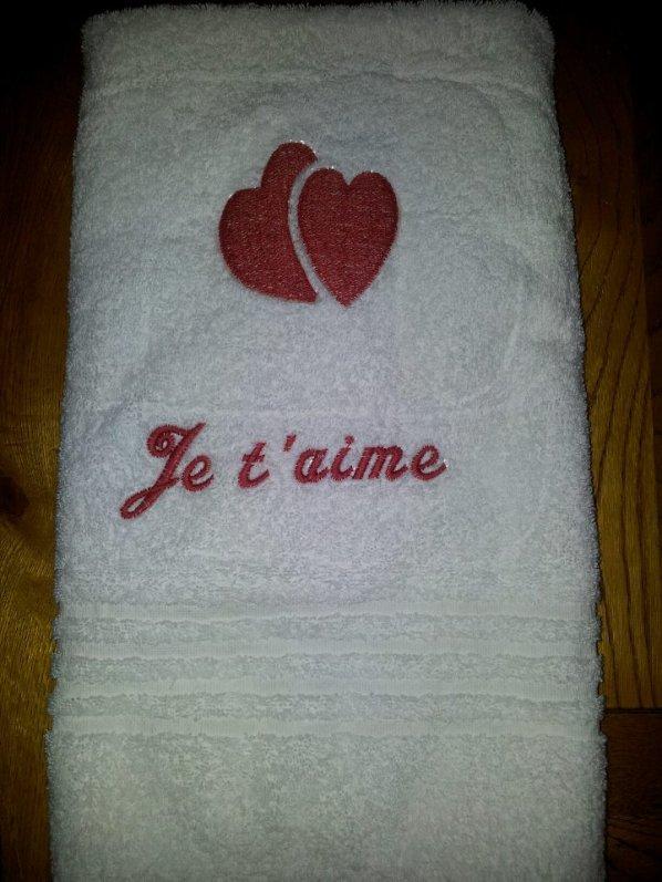 Broderies serviette personalisées ..