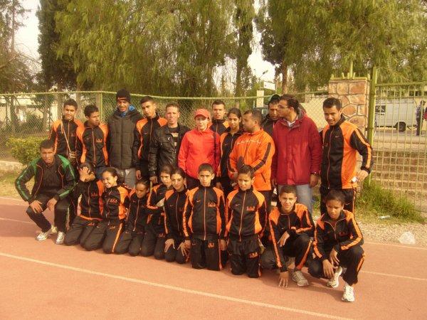 les athletes du club CRB  avec zahra  wa3ziz