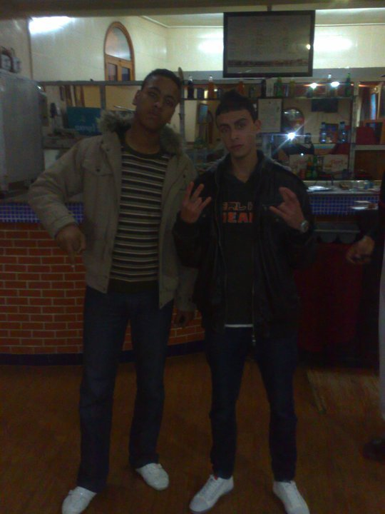 ayoub and  les  pote  on  fronce