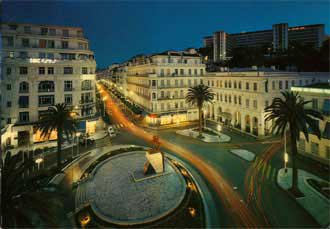 Alger illuminee...!