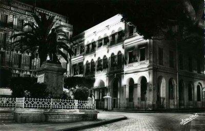 Alger la nuit...!
