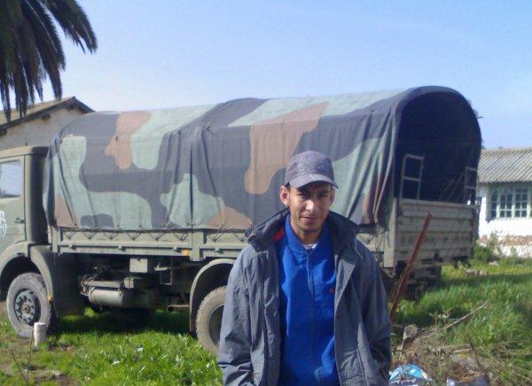 moi dans une base militaire