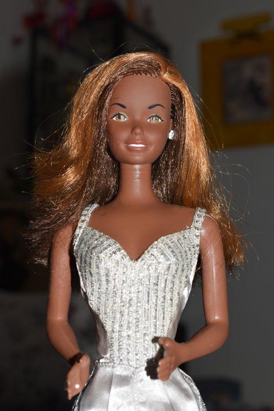 Après la grande Barbie, voici la grande Christie ;-) !!