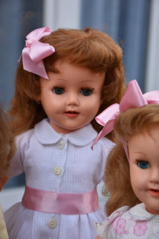 Revenons à nos poupées ;-) Raynal je pense que c'est Brigitte