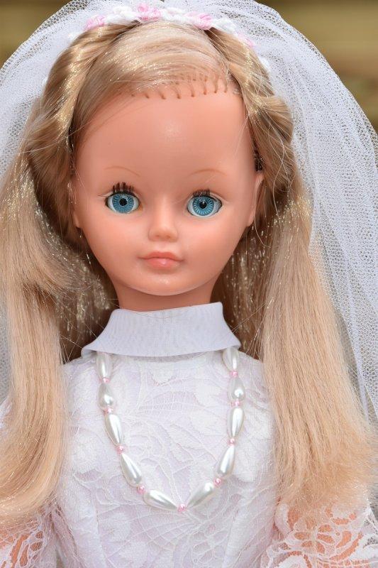 Cathie - Tenue hors catalogue Mariée 1975