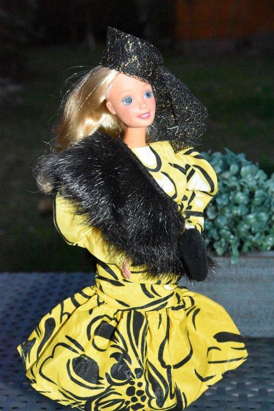 En echo à Granitdoudou et MoumouDolls ;-) Barbie