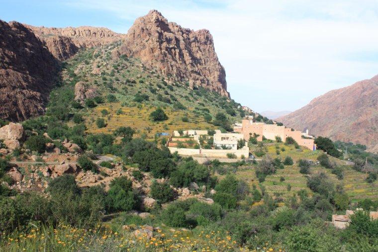 Suite: Du 9 au 14 Avril 2013:Cascades Imouzzèr-des Ida-Outanane(la Vallée du Paradis)+ AGADIR +Biougra+ AIT-BAHA+TAFRAOUTE( 254km / 6 jrs).village: IDAOUGNIDIF(ADRARE).^^