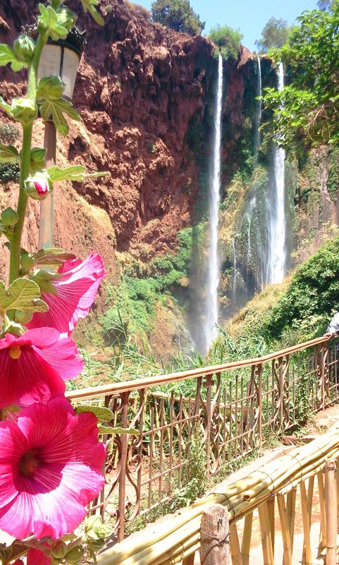 """Suite..ASCM,cyclotourisme n°1au Maroc.la sortie : l'ascension vers le sommet du Jebel Toubkal,Alt4167m """"Haut-Atlas Maroc"""".+ les cascades OUZOUD + Barrage Bin el-ouidane.du 16 au 19 Mai 2014."""