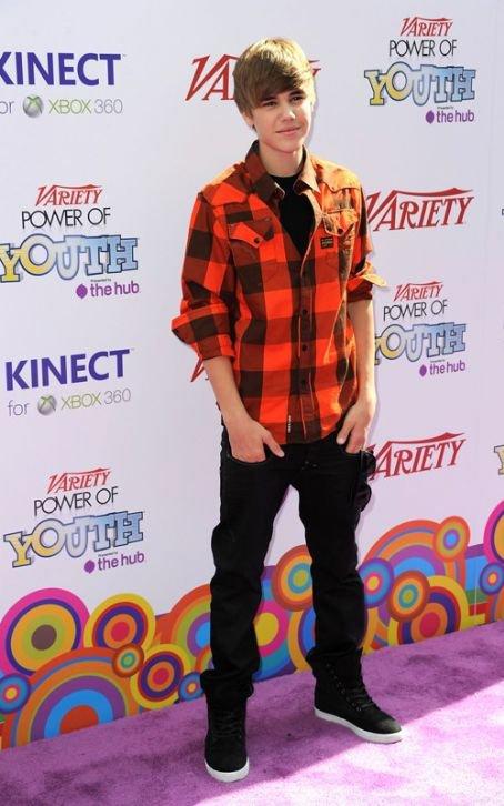 Désolé les filles  mais ne rêver pas Justin Bieber ne sortira jamais avec une de ses fans !